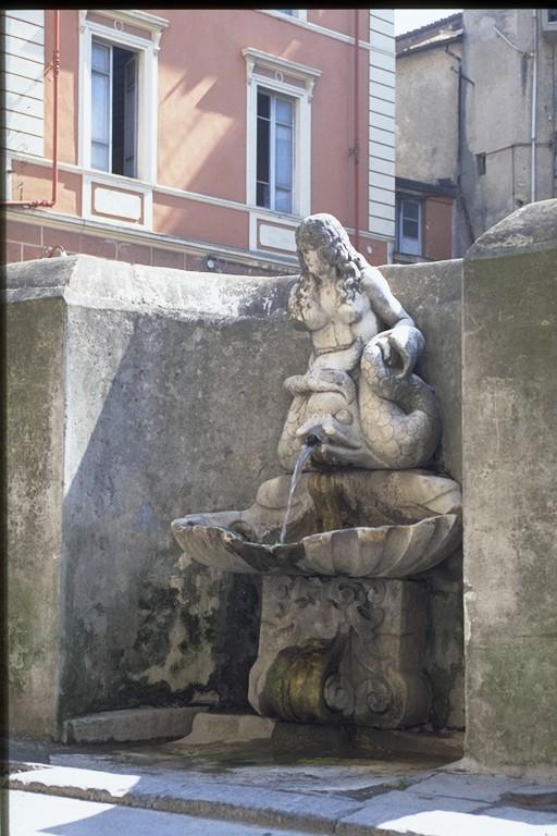 Carrara - Via Carriona - La Sirena